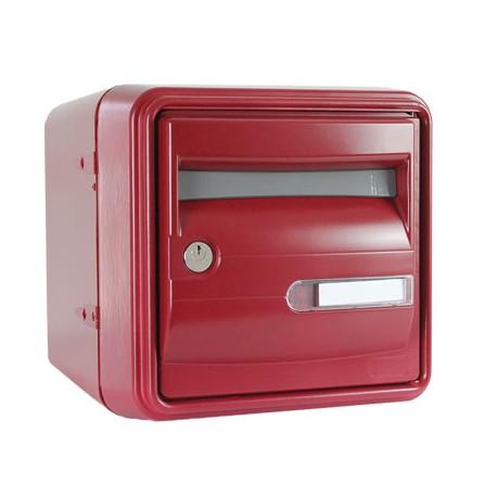 Boîte aux lettres B1 ROUGE : Résistante, normalisée.